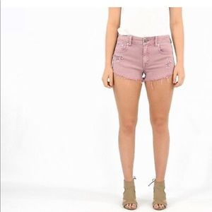 ✨AE Pink Low Rise Stretch Denim Booty Shorts✨